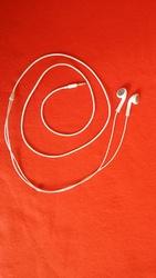Продам бу наушники Apple Earphones